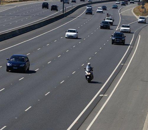 Auto oder Motorrad?