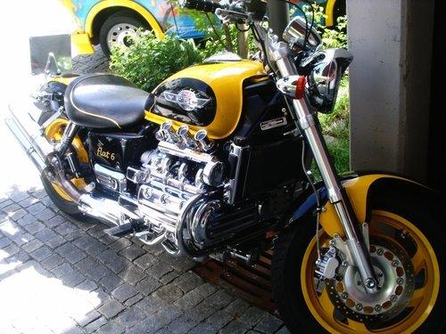 Geschenkideen für Motorrad- und Autofans